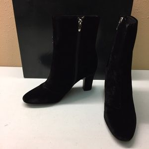 Ralph Lauren Black Velvet Booties 9M